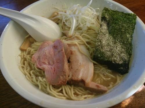 茨城件土浦市のラーメン屋さん「良温」の煮干しラーメン